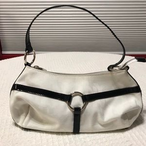 Black and white New York & Company shoulder bag